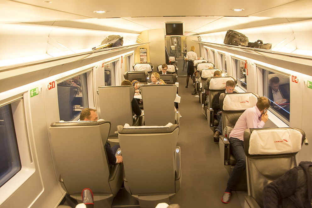 Фото вагона первого класса поезда Сапсан