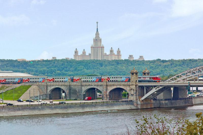 Фото поезд 104 в Москве