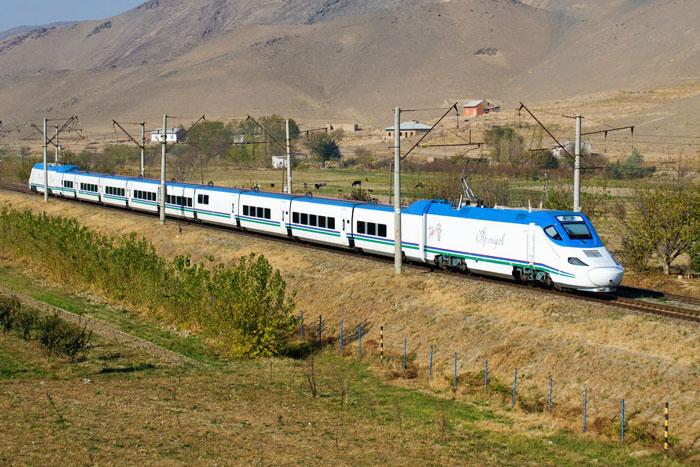 Скоростной поезд Afrosiyob (Афросиаб)