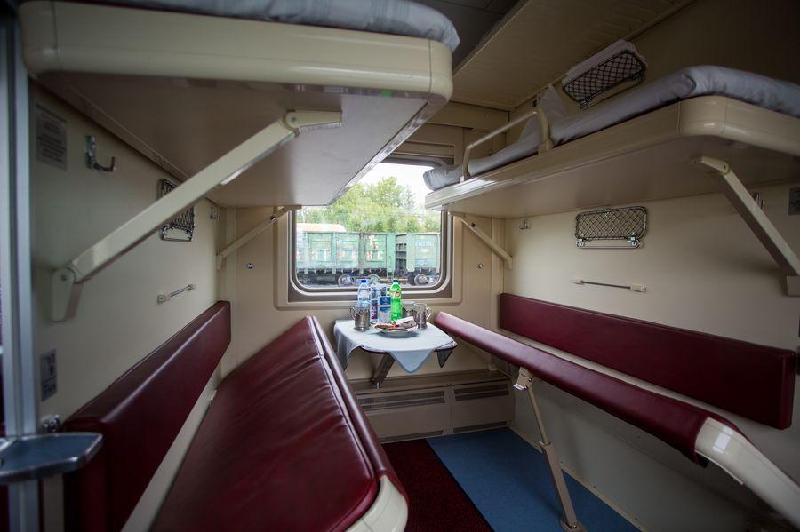 Плацкарт в поезде Томич