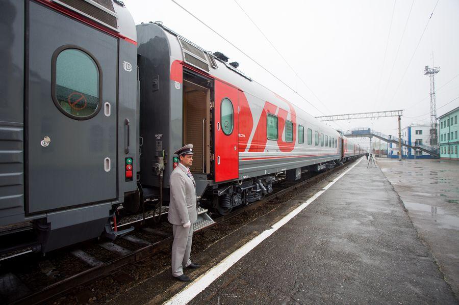 """Фирменный поезд 37/38 """"Томич"""" Томск-Москва-Томск"""