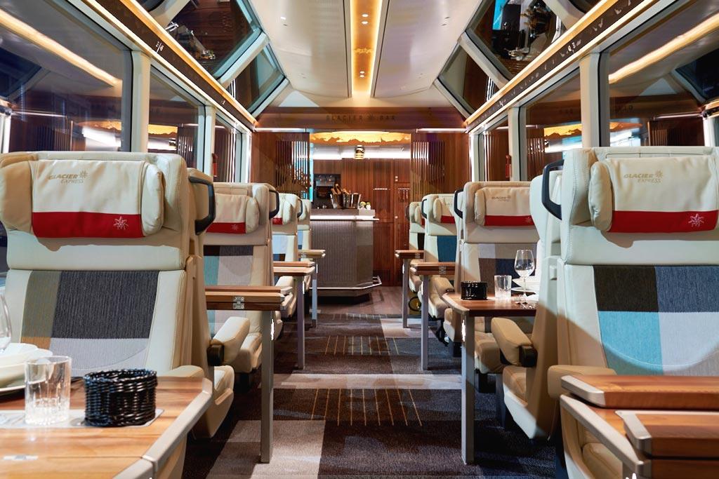 Вагон класса Excellence в поезде Glacier Expres