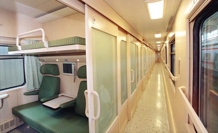 Купейный вагон 2-го класса поезда Ghazal