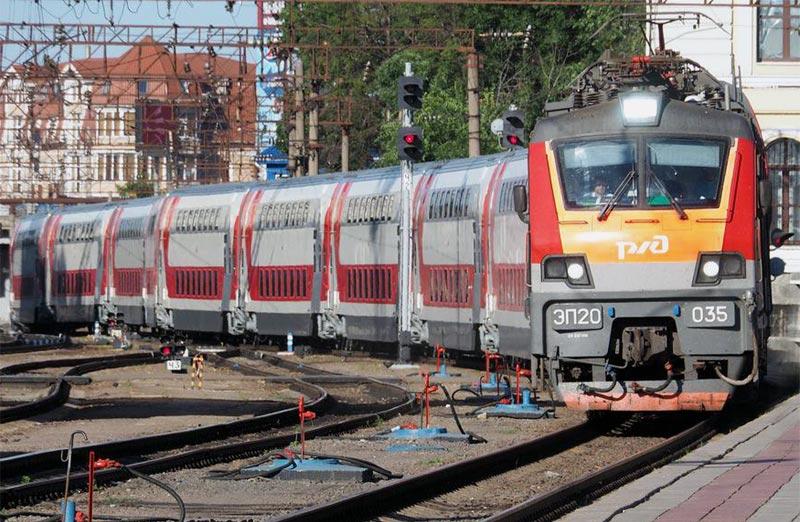 Двухэтажный сидячий поезд РЖД