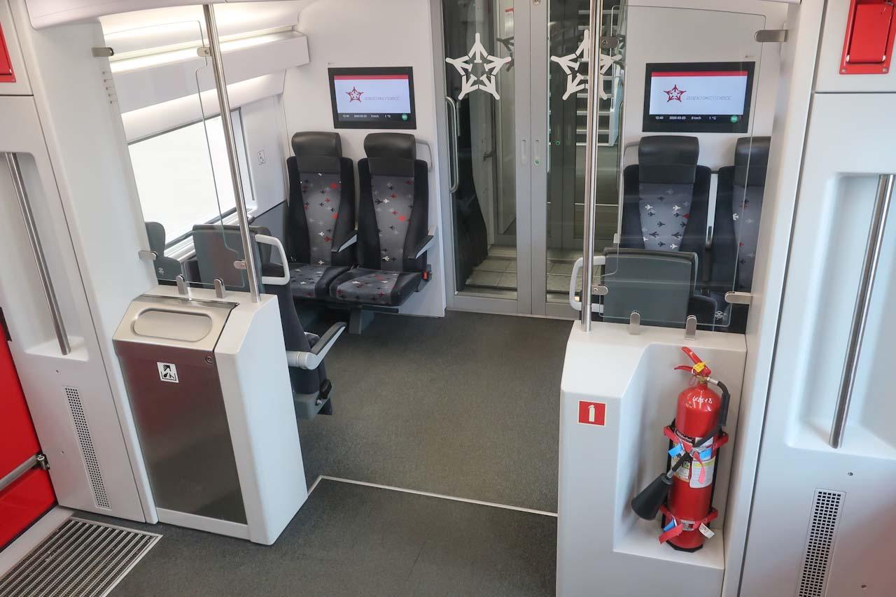 Секция для инвалидов в 2-х этажном поезде Аэроэкспресс