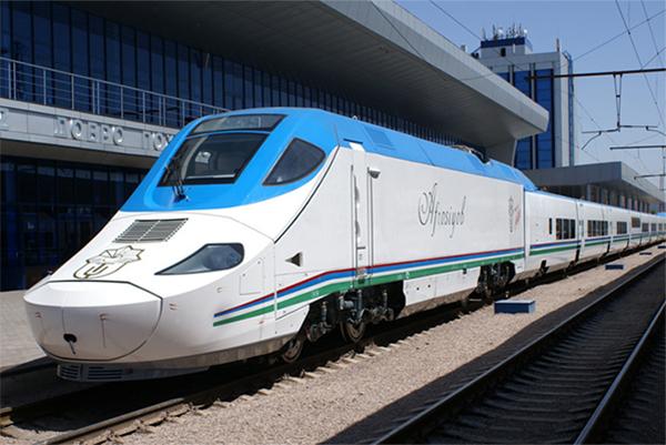 Узбекский скоростной поезд Afrosiyob (Афросиаб)