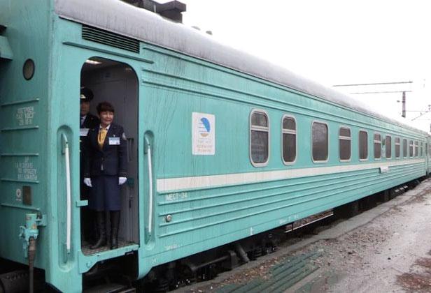 Пассажирский вагон фирменного поезда КТЖ