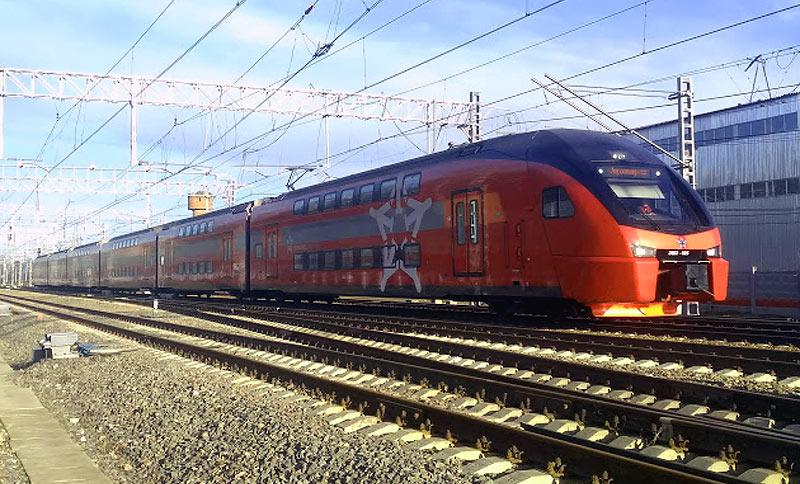 Двухэтажный поезд Аэроэкспресс в Шереметьево